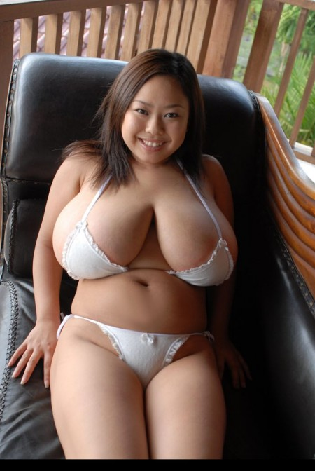 Hot Asian Mom Porn Videos
