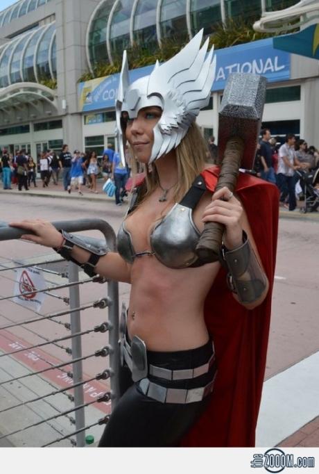 Thor-Girl-Costume