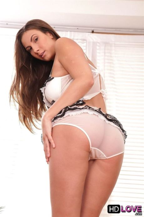 connie-carter-makes-love-to-her-man-in-cute-panties-2