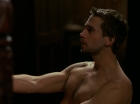 joseph-fiennes-shirtless
