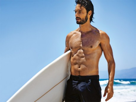 Rodrigo-Santoro-workout