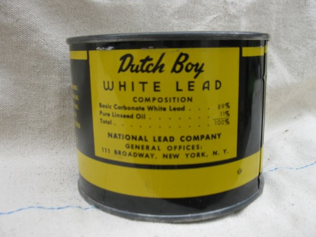 lead-paint-can-004