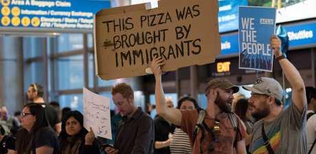 refugee_ban_protest_2_gi