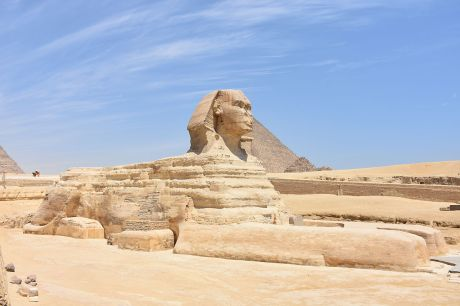 Great_Sphinx_of_Giza_May_2015.JPG