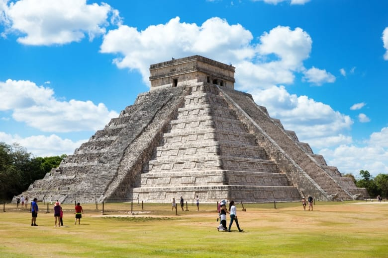 chichen-itza-mexico-shutterstock_346970900-780x520.jpg