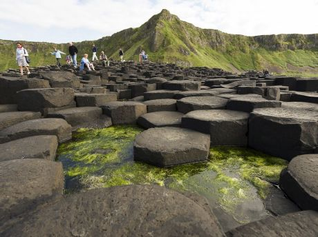 antrium-northern-ireland-giants-causeway-basalt_82154_990x742.jpg