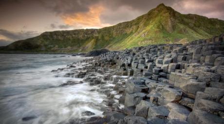 Giants-Causeway-Ireland-1200x669.jpg