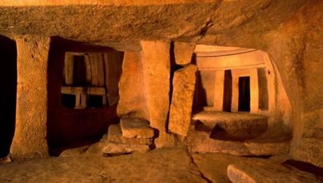 Hypogeum_of_Hal-Saflieni_Malta_Prehistoric_Underground_Temple_1-770x437.jpg
